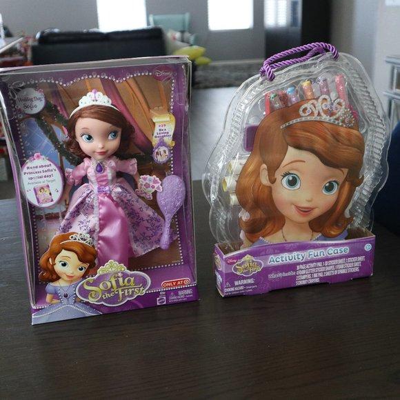 Activity Kit & SOFIA the First Doll Disney NEW Mat
